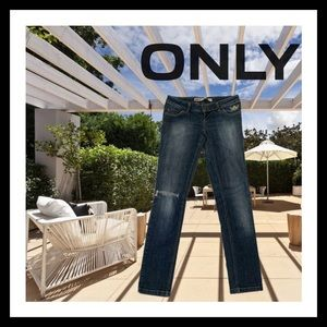 Only Straight Leg Low Rise Distressed Jeans